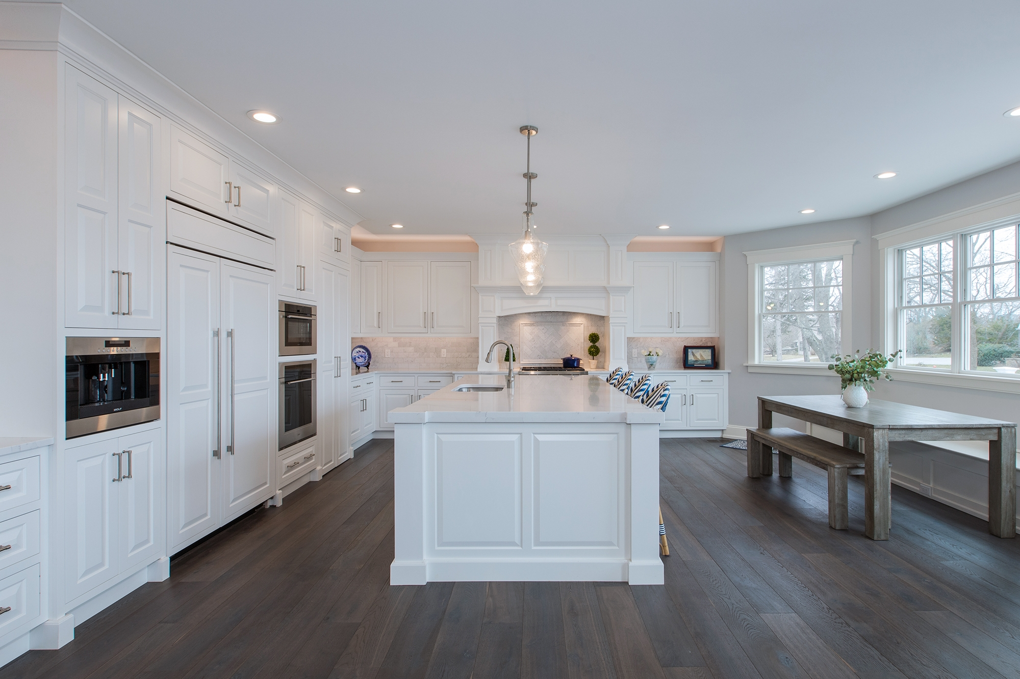 Painted Kitchen Cabinets in White by Showplace Cabinetry - View 15