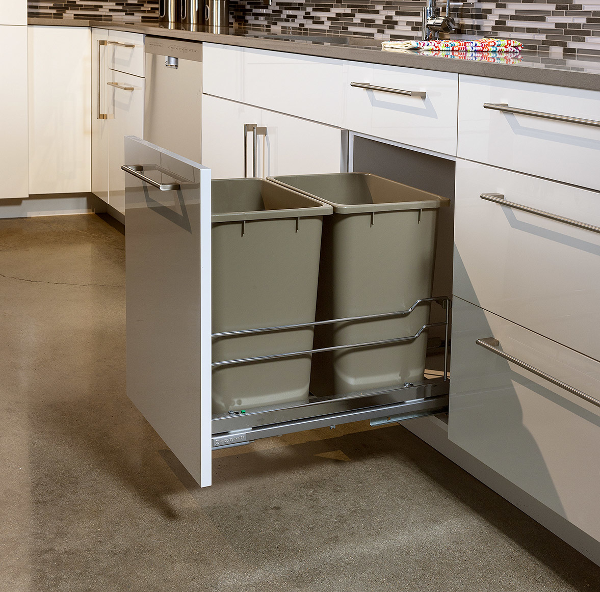 High Gloss Acrylic Cabinets in White and Painted Island in Dovetail by ShowplaceEVO - view 2