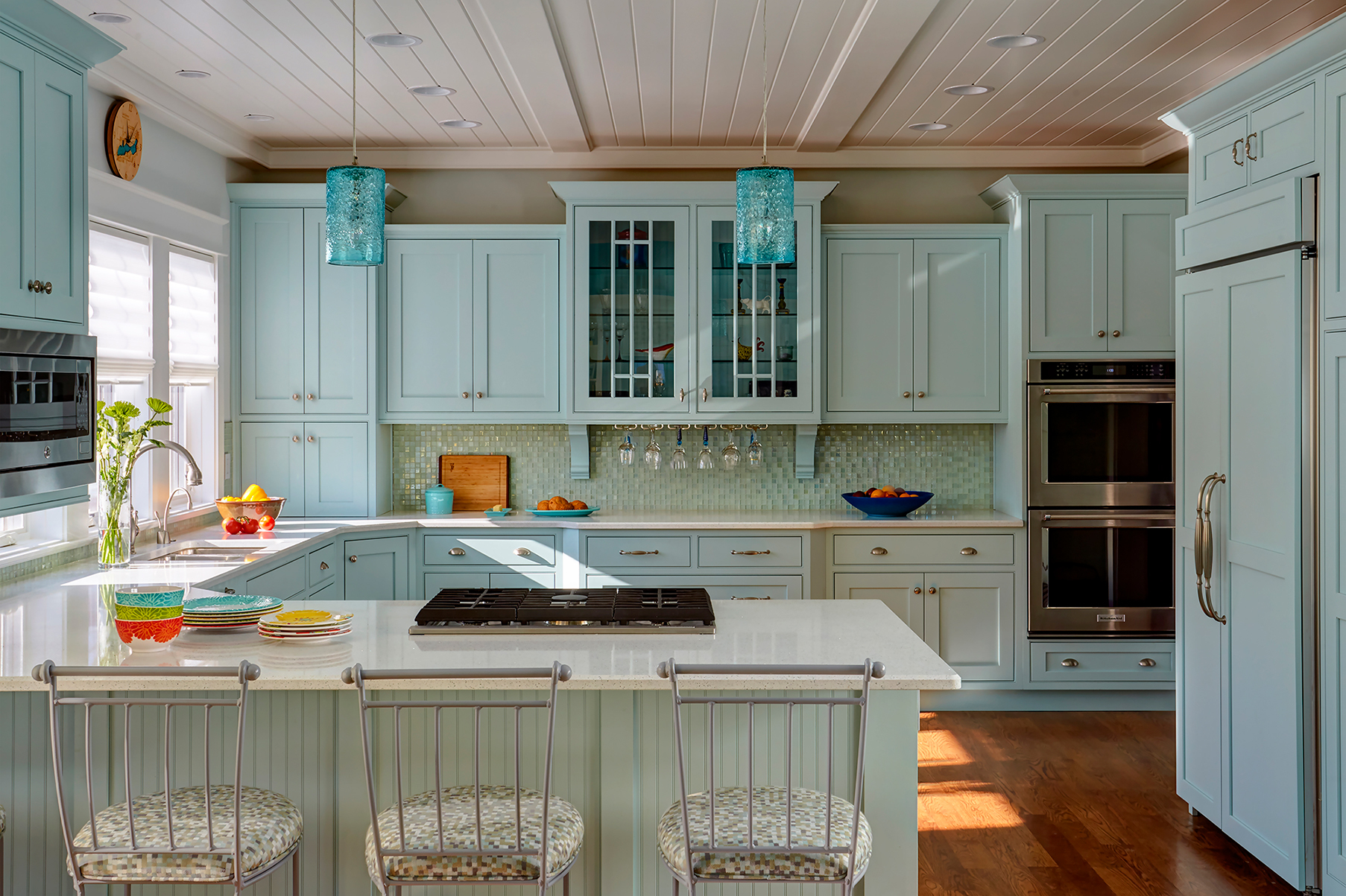 Coastal Inspiration Lexington Kitchen Cabinet View1