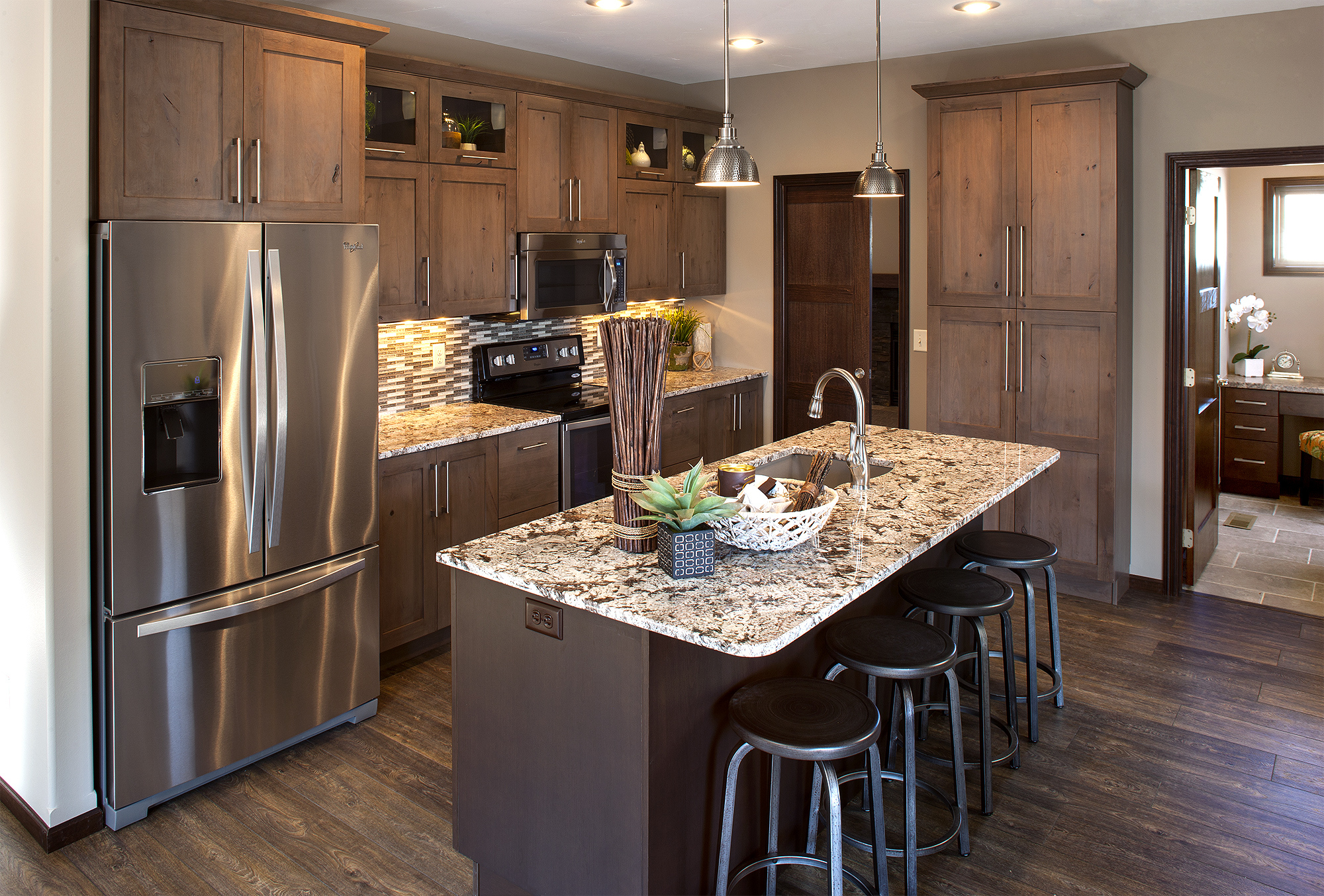 Stained Kitchen Cabinets in Rockport and Island in Peppercorn by ShowplaceEVO - view 1
