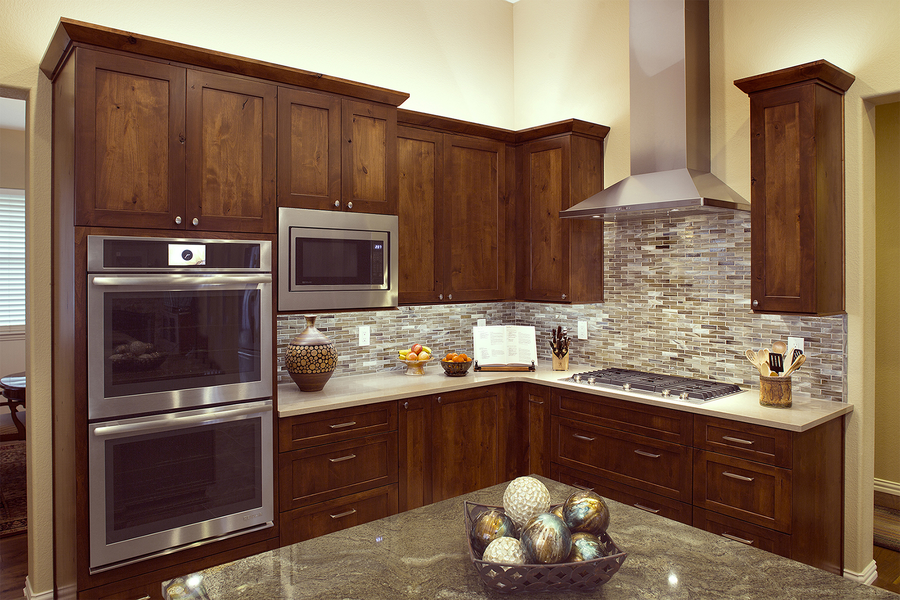 Stained Kitchen Cabinets in Russet with Ebony Glaze by ShowplaceEVO - view 7