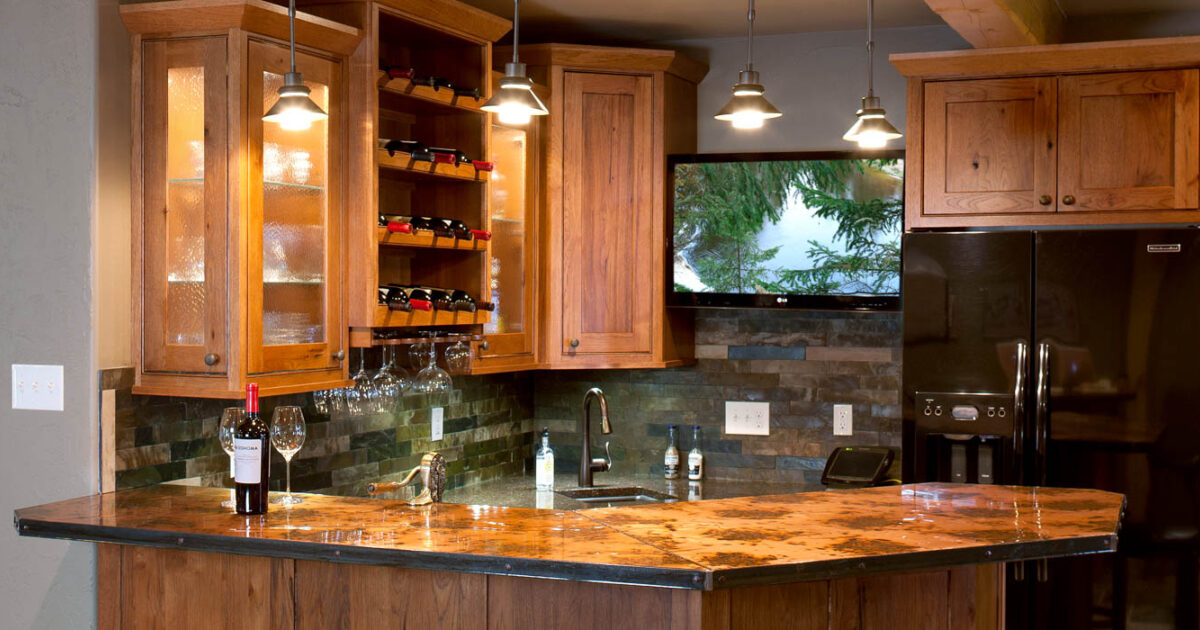 Stained Home Theatre Wet Bar In Autumn With Ebony Glaze By Showplace  Cabientry   Feature