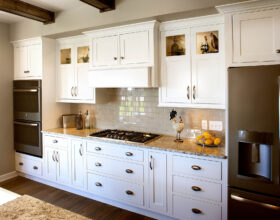 Painted kitchen cabinets in White by Showplace Cabinetry - view 5
