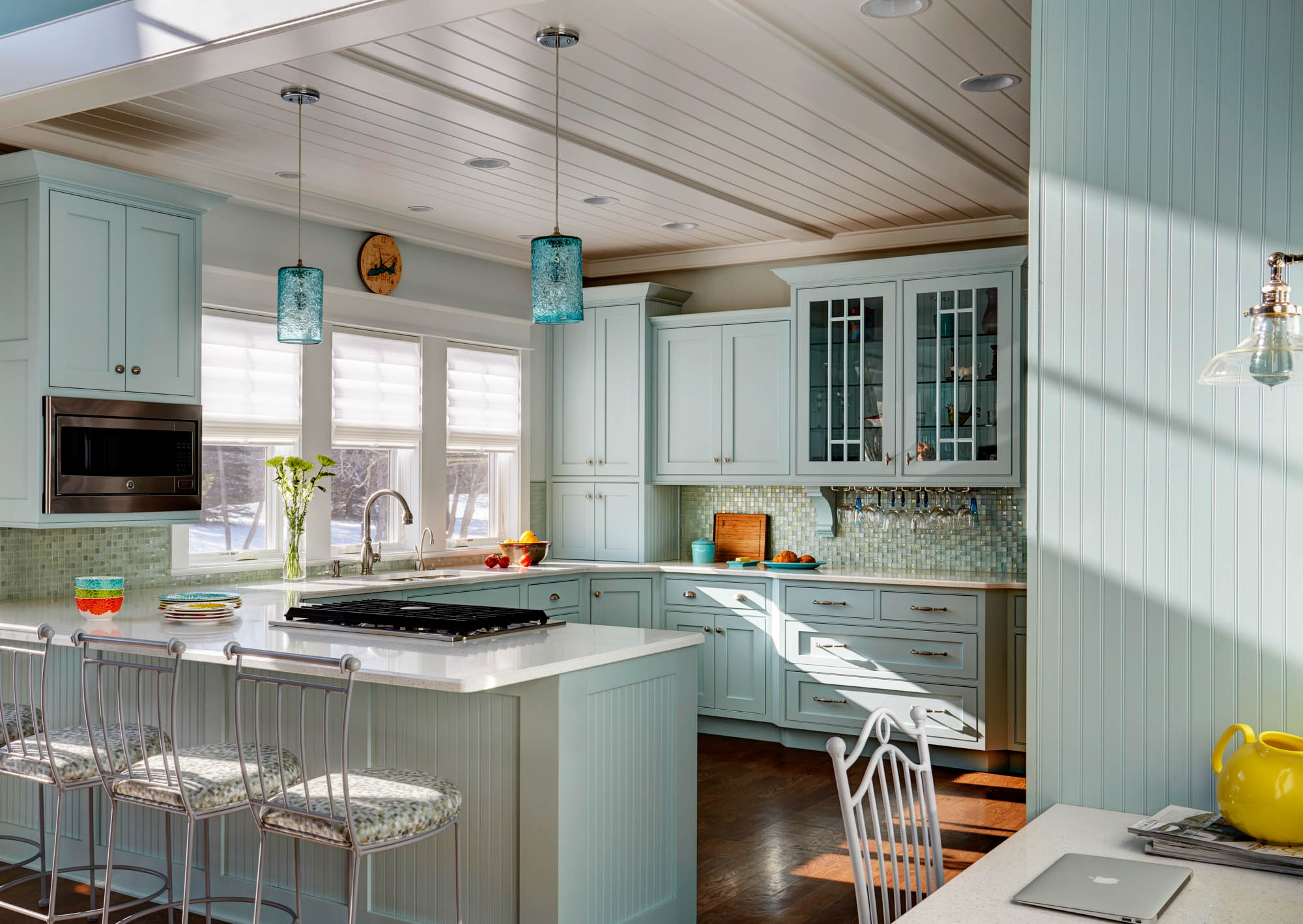 View this custom color painted kitchen | Showplace Cabinetry
