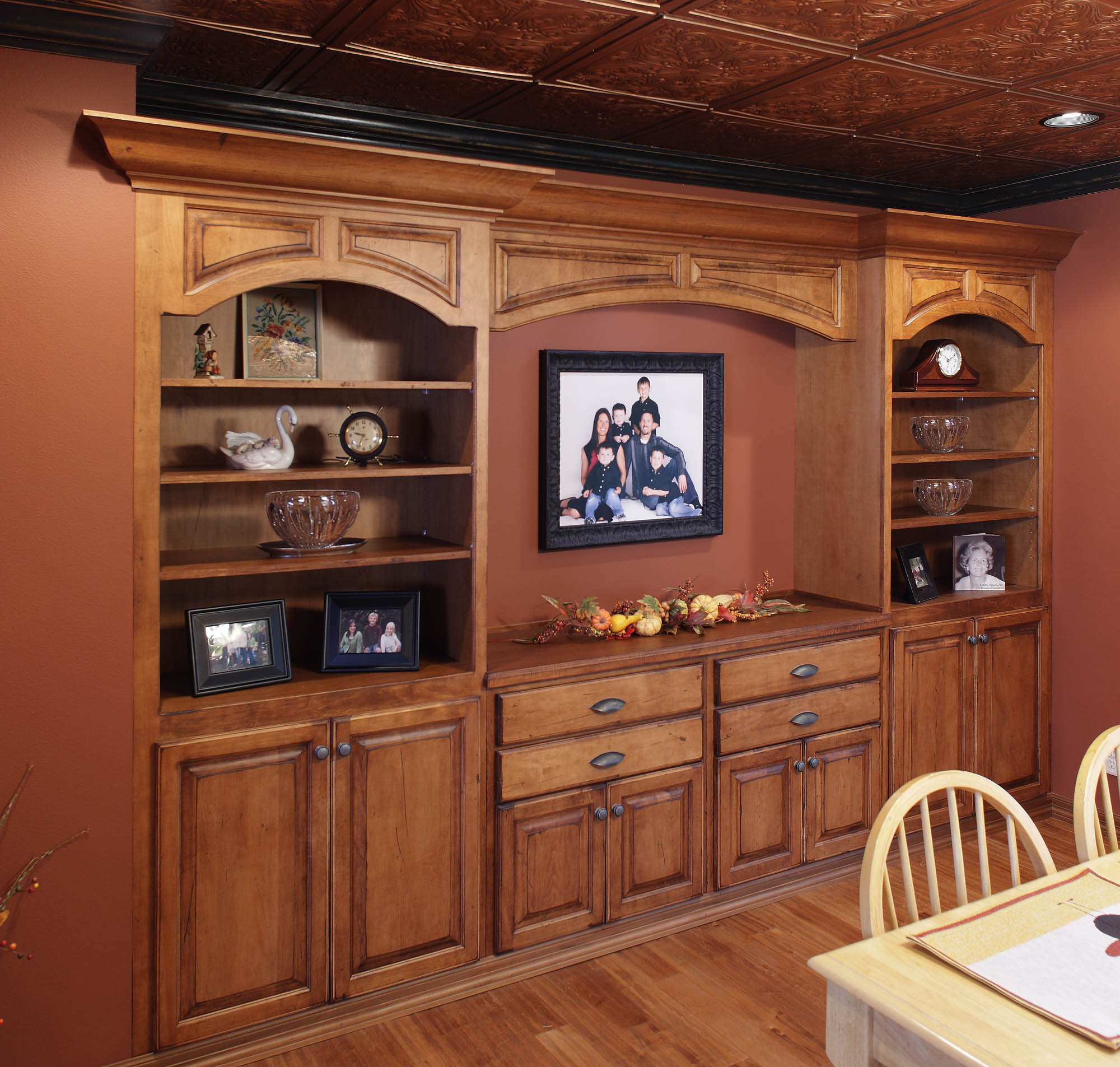 Renewing Kitchen Cabinets: View The New Cabinets In This Refaced Kitchen