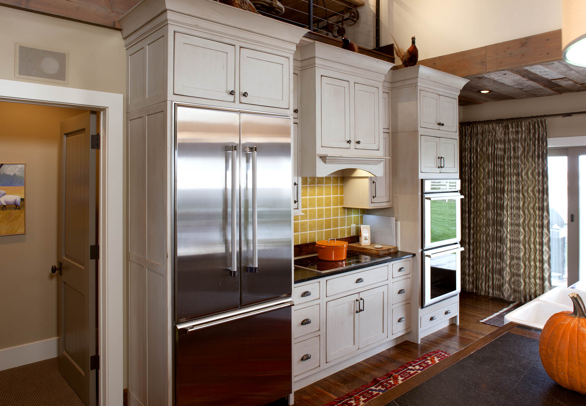 Painted Kitchen Cabinets In Vintage Oyster By Showplace Cabinetry   View 3