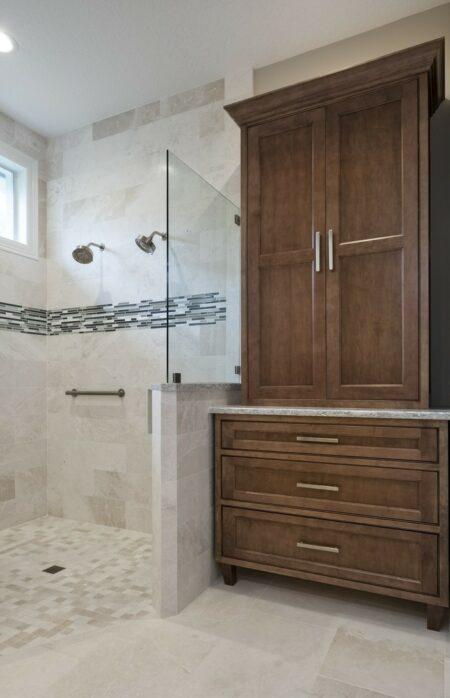 Bath Design - Transitional | Honorable Mention | DreamMaker Bath & Kitchen - Stuart, FL | Showplace Cabinetry | view 3